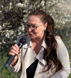 Hochzeitsrednerin Hedel Gossow