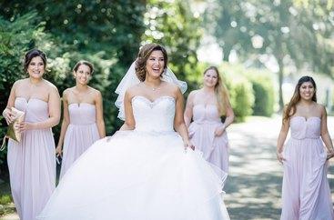 Braut und ihre Brautjungfern